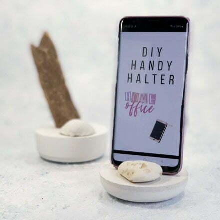 DIY Smartphone Halter Beton Gadget